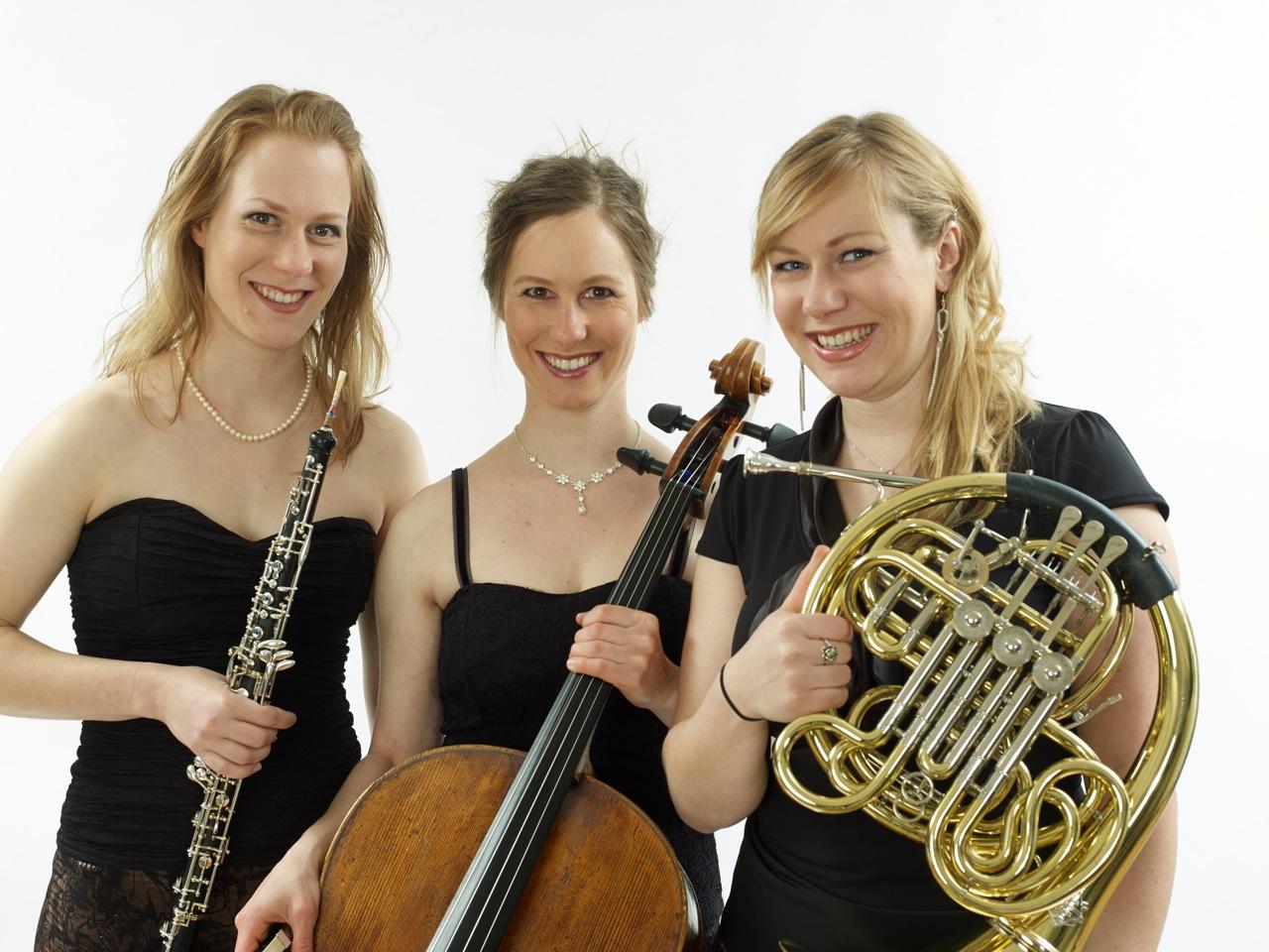 Trio Halter 000